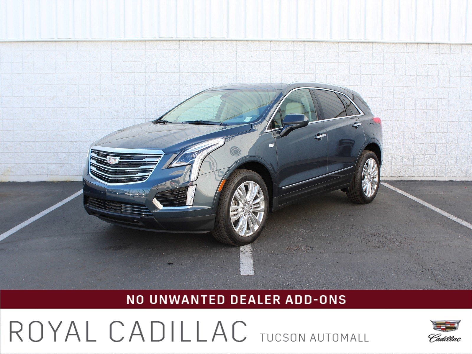 New 2019 Cadillac XT5 Premium Luxury FWD