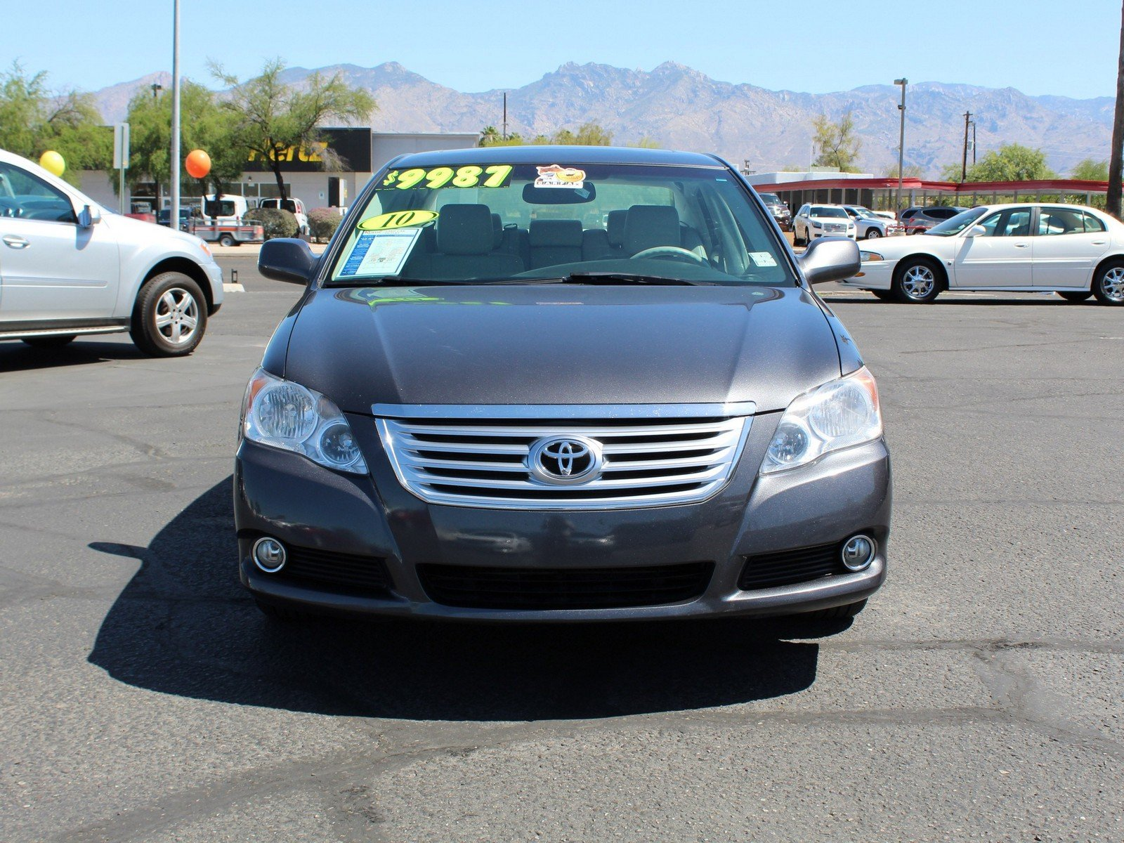 Pre-Owned 2010 Toyota Avalon XLS 4dr Car in Tucson #W60PO29531A | Royal Automotive Group