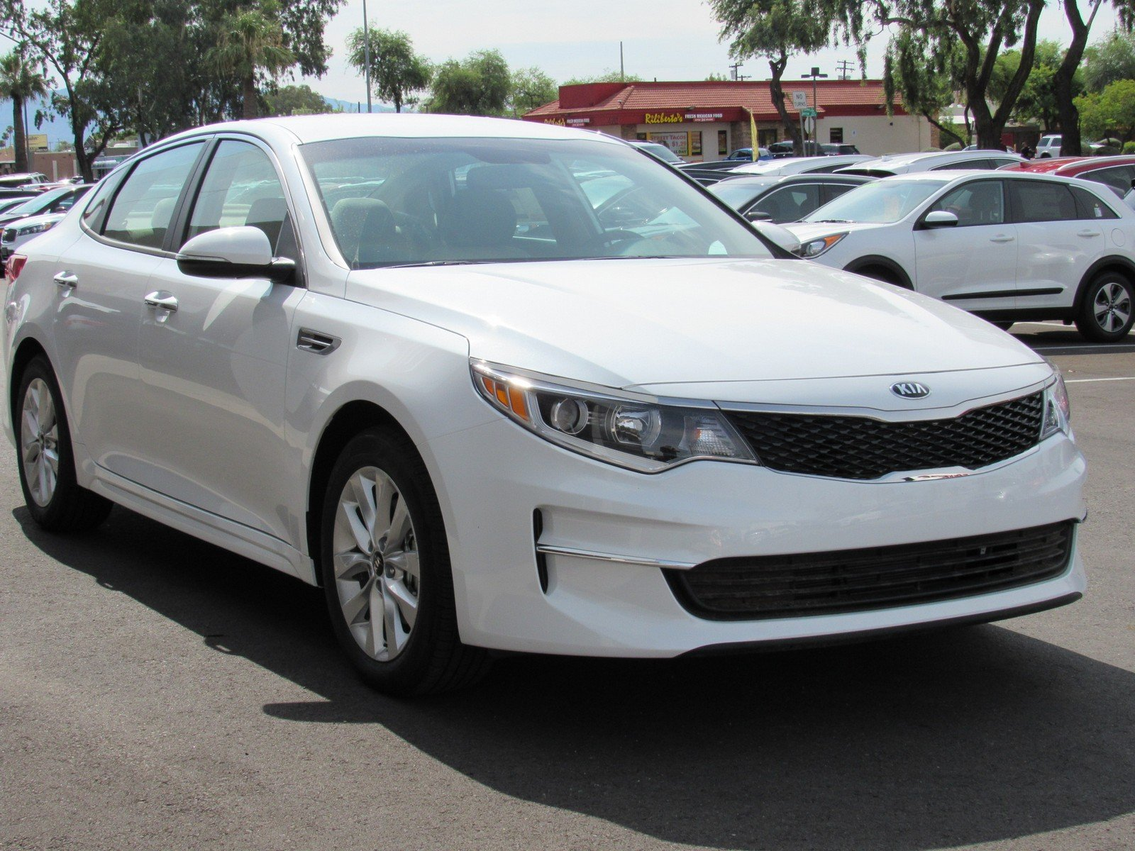 New 2018 Kia Optima LX Sedan in Tucson K
